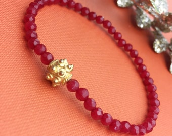 Bracelet, red coloured achat,  pearlbracelet with gold plated silverbullet 925 / boho-style
