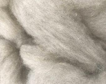Silver/Grey Natural Colored Romney Roving 8 oz.