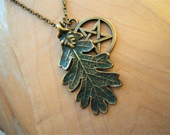 Oak leaf pentacle necklace. Pentagram necklace. Hand finished  Bronze with Green patina. Pagan Wicca Jewellery Gift