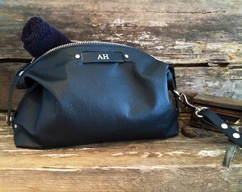 Birthday Gift, Personalised Gift, Husband Gift, Mens Toiletry Bag, Wash Bag, Leather Wash Bag, Mens Leather Toiletry Bag,