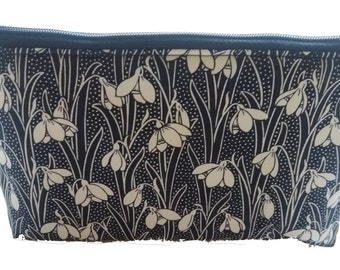 Make Up Bag in Liberty Snow Drop - Handmade in the UK - Free UK Delivery