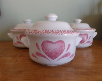 Vintage Spongewear design mini soup or casserole dishes, set of 3 in very good condition and ready to use