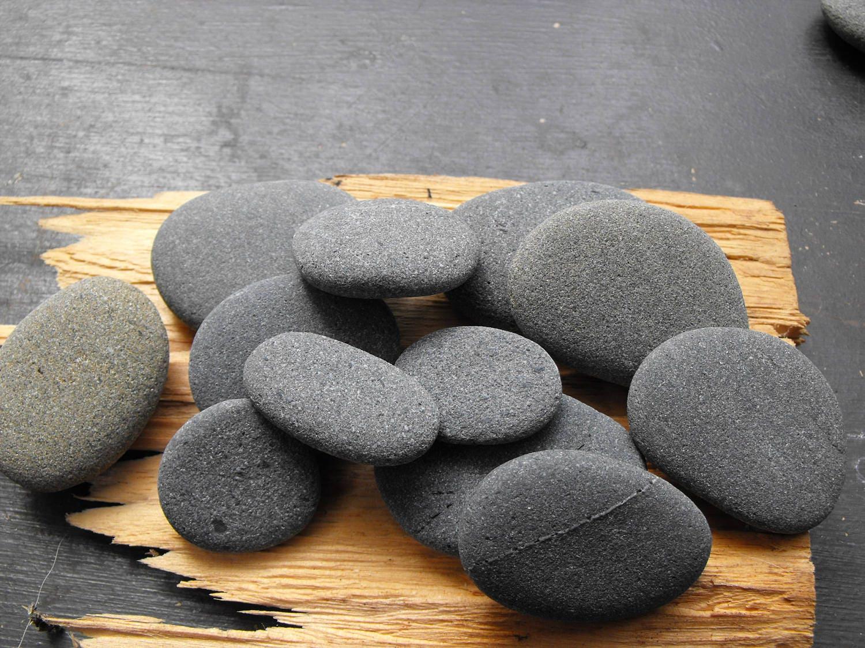 Beach stone lot oregon coastal river stones round and for Small river pebbles