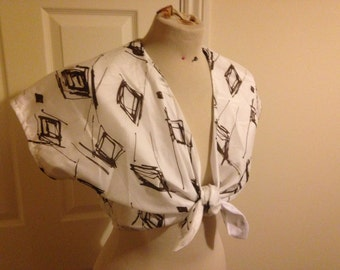 Vintage inspired diamond print tie front top - small