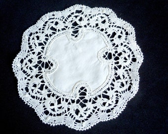 FIVE, Vintage Cluny Lace Doilies (5),  Hand Crocheted, Bobbin Lace, Bridal, Serving.