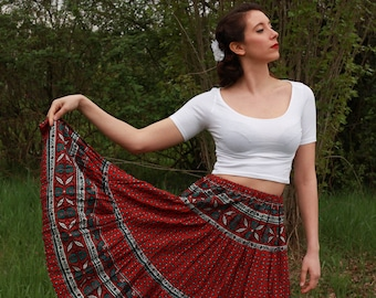 Red country vintage wide skirt