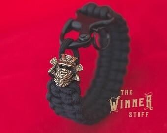 Samurai Helmet bead + Blaze Bar weave