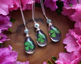 Real 4 leaf clover necklace, real four leaf clover, shamrock necklace, st. patricks day,  four leaf clover jewelry, pendant, lucky charm