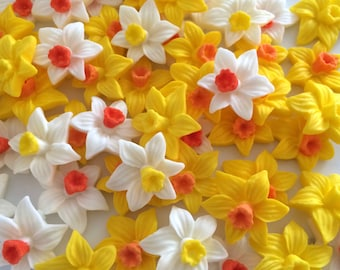 12 DITSY DAFFODILS edible sugar paste flowers easter cake cupcake decorations