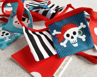 Pirate Bunting - Boy's Nursery Banner - Pirate Theme Decor - Skull And Crossbones Bunting - Jolly Rogers - Pirate Ship Flag - Pirate Party