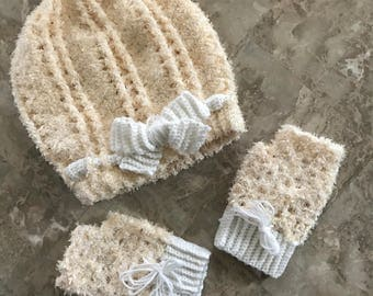 Fuzzy Peach and Cream Slouchy Hat and Fingerless Gloves Set