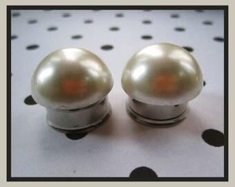 """Simple Pearls on stainless steel EAR PLUG Earrings gauge 1/2"""", 9/16"""", 5/8"""", 11/16"""", 13/16"""", 7/8"""" aka 14mm, 16mm, 18mm, 20mm, 22mm"""