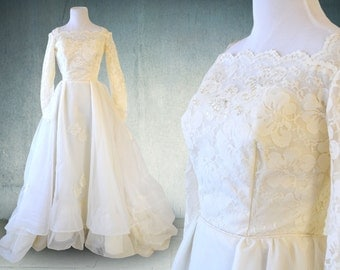 SUMMER SALE 1950s Wedding Gown Lace Organza and Tulle Ruffled Victorian Style