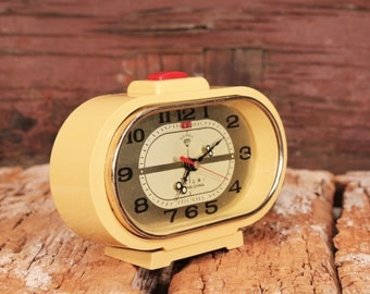 Vintage alarm clock Diamond - Shanghai wind up desk clock - Chinese mechanical alarm clock - Yellow clock  Clock with phosphors dots working