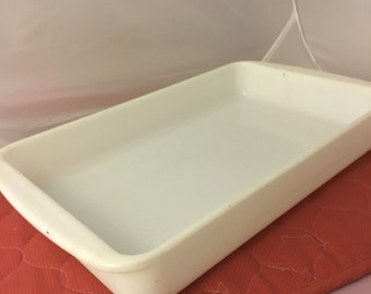 opal White Pyrex  232 casserole dish