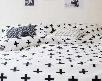Cotton bedding in the pluses/crosses