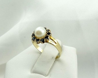 Classic White Pearl Surrounded By Sapphires Set in a 14K Yellow Gold Ring #PEARLSAPPH-GR2