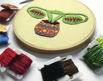 Digital embroidery pattern, Big swinging Ovaries -VENUSFLYTRAP- , design by Jess de Wahls #BSODIY