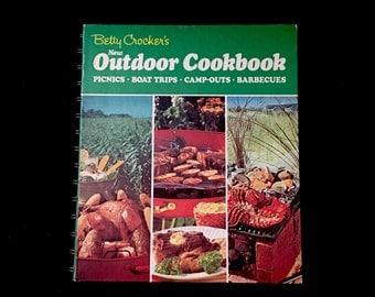 Betty Crocker's Outdoor Cookbook