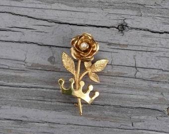 Vintage rose & crown brooch
