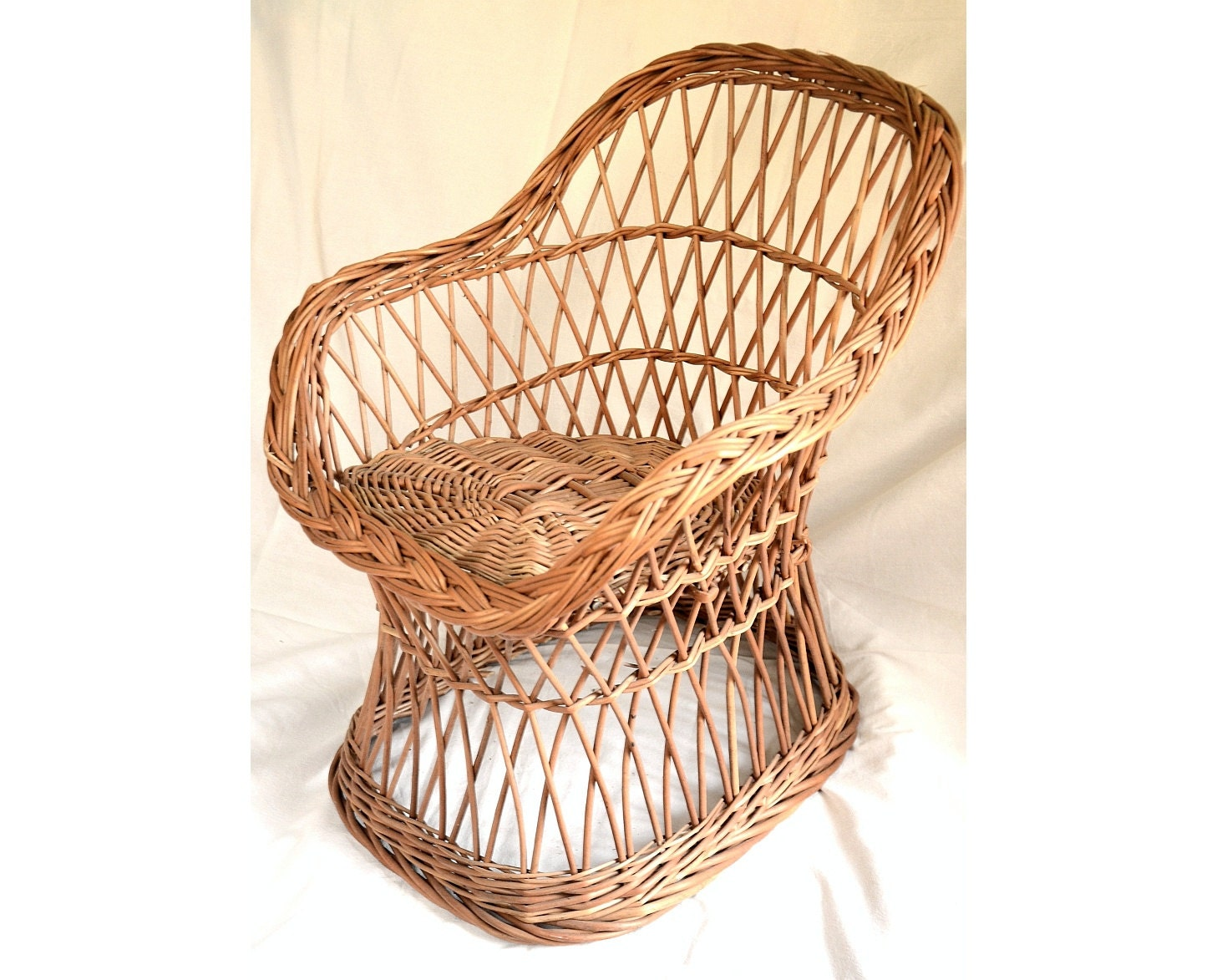 Wicker kids chair willow child chair kids willow chair for Child on chair