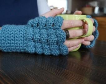 Crochet Pattern: Fingerless Fan Gloves
