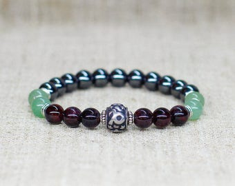 Garnet bracelet Hematite bracelet Stretch bracelet Capricorn jewelry Zodiac bracelet Personalized gift-for-men gift-for-boyfriend birthday