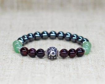 Personalized gift-for-men gift-for-boyfriend birthday gift-for-dad gift Garnet bracelet Stretch bracelet Capricorn jewelry Zodiac bracelet