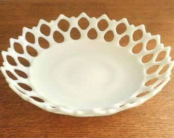 Vintage Westmoreland Doric Lace Serving Bowl