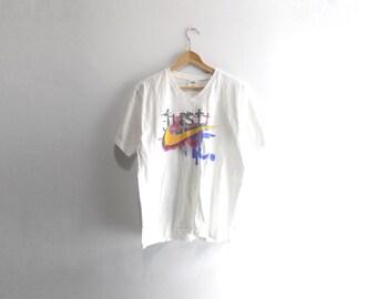NIKE V-NECK SHIRT // 90s // Medium // Nike T-Shirt // Nike Shirt // Vintage Nike // 90s Nike // Nike Shirt // Nike T-Shirt // Nike V-Neck