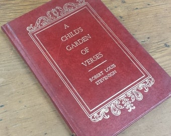 A Child's Garden of Verses by Robert Louis Stevenson Hardcover