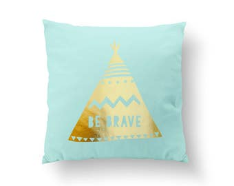 Be Brave Pillow, Typography Pillow, Home Decor, Cushion Cover, Throw Pillow, Bedroom Decor, Bed Pillow, Decorative Pillow, Kids Room Decor