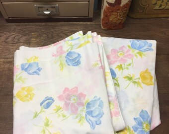 Vintage Sheets Linens Full/Double Flat and Fitted Floral Pacific Muslin