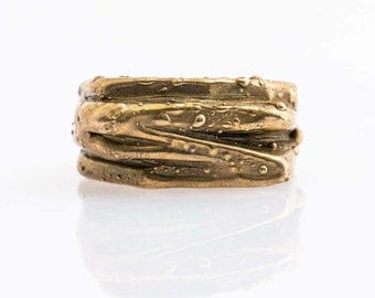 handmade ring, lost wax , cast in bronze yellow , both men and women , by Giulia Lentini