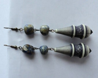 Handmade earrings with sodalite gemstone and vintage blue beads