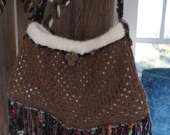 "Bag wool ""It's winter knocking on our door"""