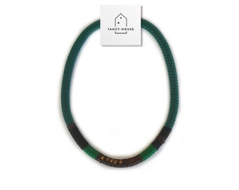 dark green string necklace