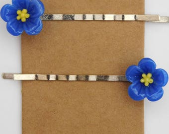 Forget-me-not hair clips/ bobby pins, nostalgic cute/ kawaii blue flower/floral kirby grips.