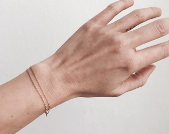 Simple and delicate bracelet - Fine chain - Gold - Sterling silver - Minimalist - Everyday wear