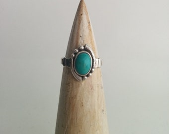 Sterling Silver Southwestern Style Vintage Bell Trading Post Pebbled Turquoise Pinky Ring Small Size