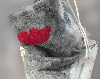 Warm womens winter felted scarf, designer loop scarf, Infinity-Scarf, Cowl felted merino alpaca, grey wool scarf, textile art, wearable art