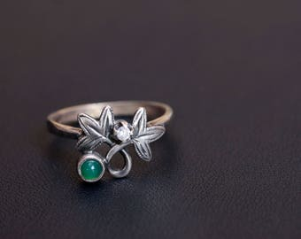 Sterling silver natural chrysoprase ivy ring Made in Ukraine Size 9 3/4
