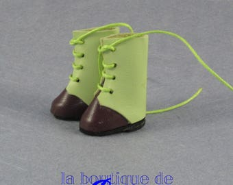 Green and brown leather boots for Blythe doll-green and brown boots on skin for Blythe