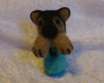 Needle felted german shepherd
