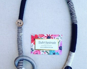 Necklace with knot//women's Accessories//gift idea//handcrafted jewelry//Olivart necklaces//bio cotton necklaces//Ceramic button