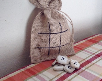Rustic Tic Tac Toe in a Bag, Pioneer Toy, Old Fashioned Tic Tac Toe, Homestead Toy, Stones, Natural Toy, Vintage Toys, Easter basket