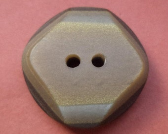 6 Brown buttons 23mm (5727) button