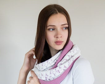 Womens Scarves / Pink Infinity Scarf / Cowl Scarf / Pink Scarf / Fashion Scarves / Jersey Knit Scarf / Gift for Her // Lavender Pink White