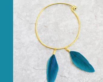 Golden Hoop charm bracelet minimal hard white blue blue black feathers blush