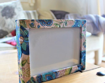 "5""x3.5"" blue flower photo frame"